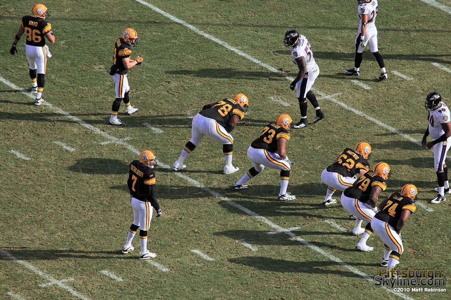 Ben Roethlisberger commands the offense