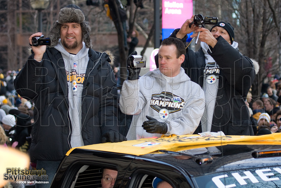 QB Ben Roethlisberger, Pittsburgh Mayor Luke Ravenstahl and Charlie Batch document the parade.