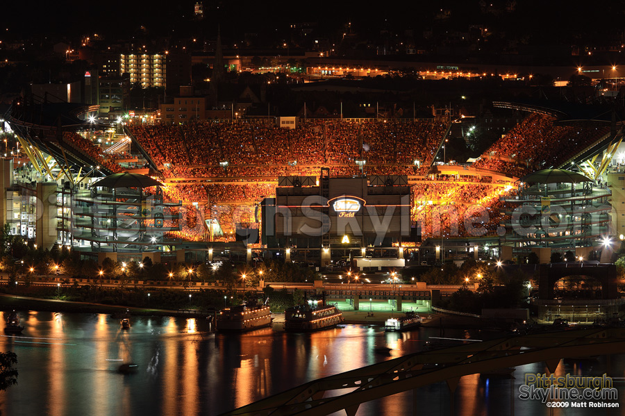 Orange splashes Heinz Field