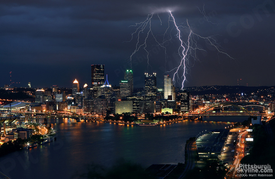 Lightning strikes behind Pittsburgh